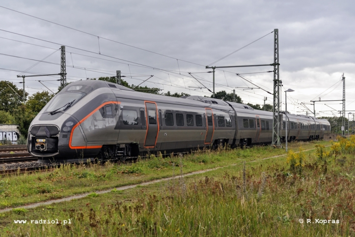 class78_EMu_ludwig_160919_radziolpl