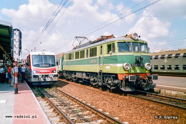 EU07-150_215M_2003_radziolpl