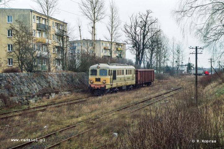 ST43-170_PMI_291203_radziolpl