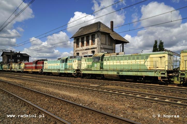 200519_Krzyż_SP32-2xx_radziolpl